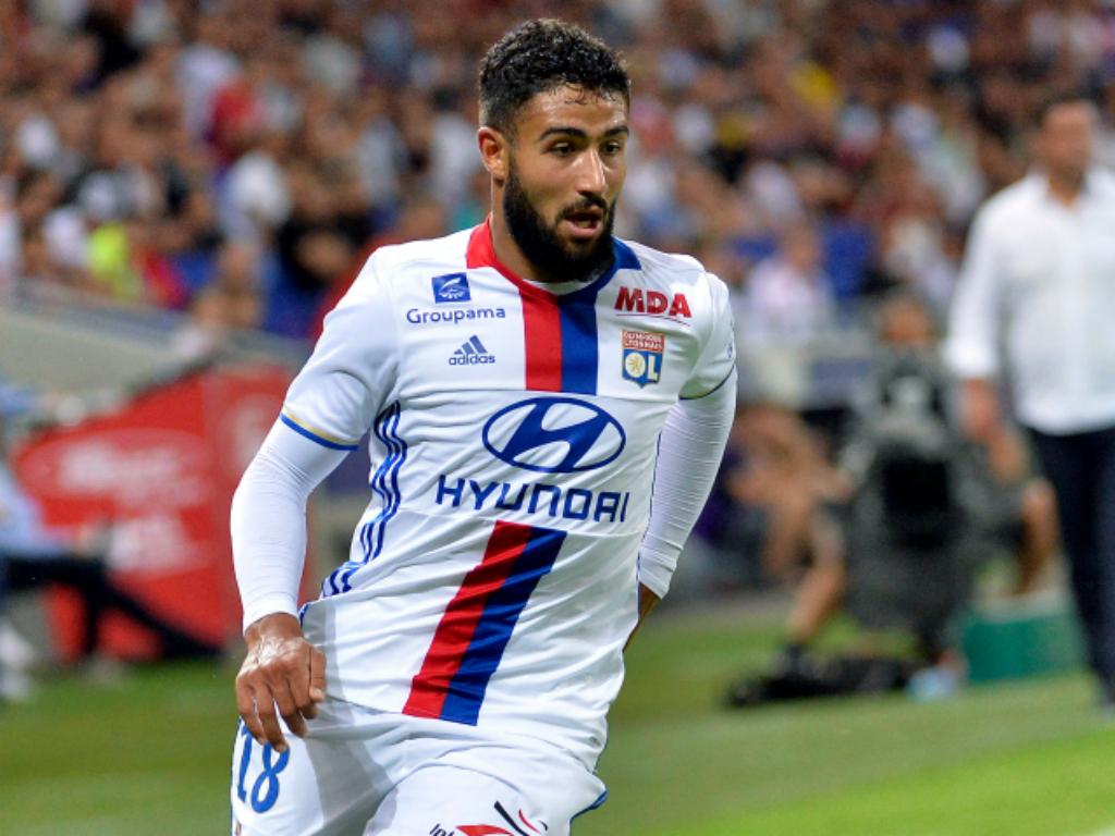 Fekir pas sanctionné, deux matches à huis clos partiel pour Saint-Etienne