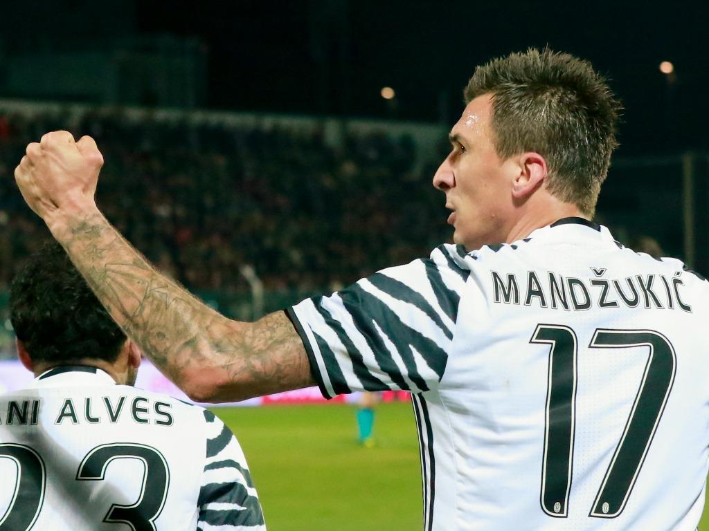 La Juve souveraine lors du derby turinois — Coupe d'Italie