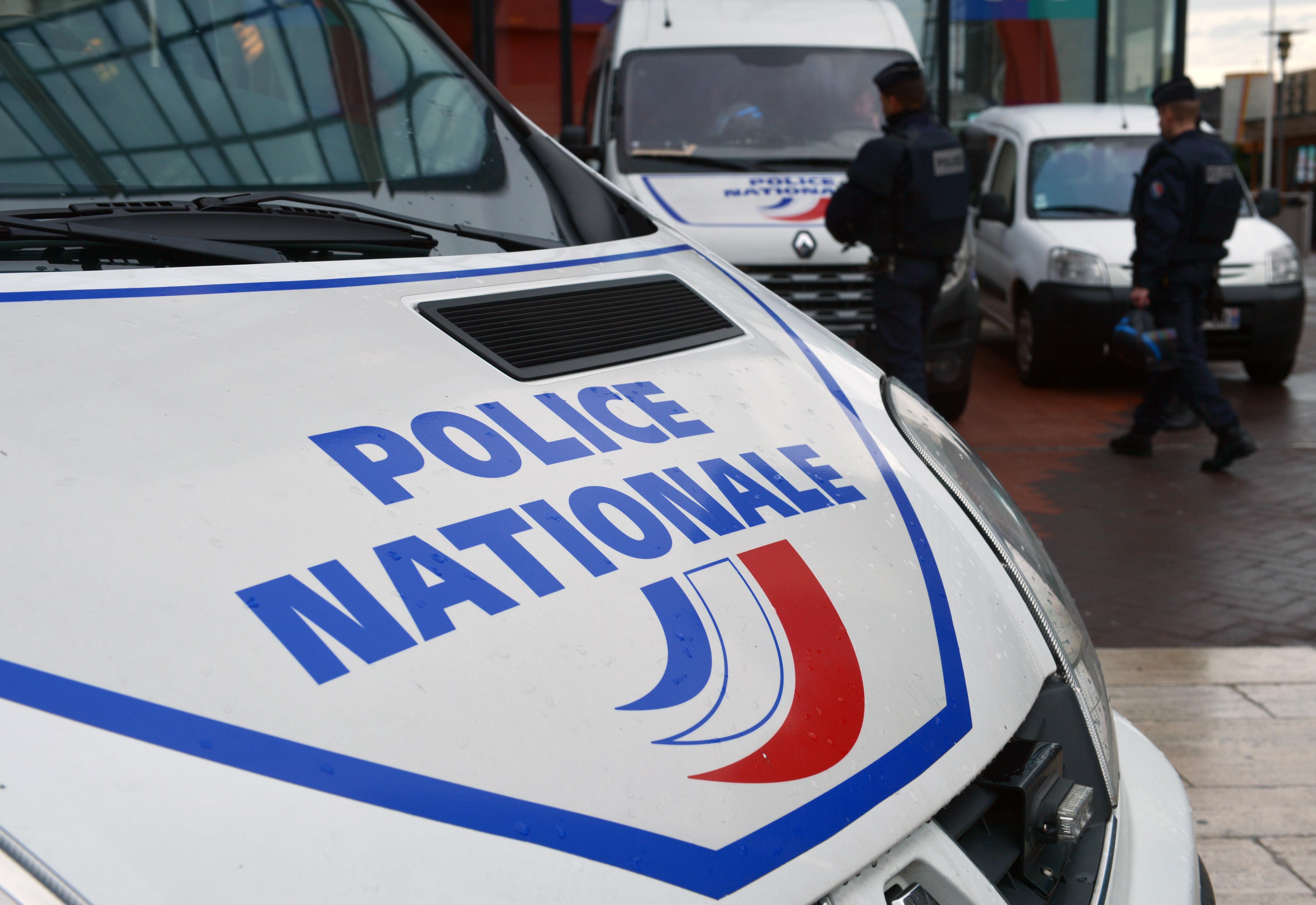 Une mère et sa fille retrouvées mortes dans leur appartement — Paris