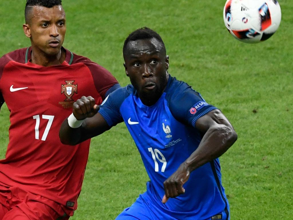 Equipe de France: Jallet (Lyon) remplace Sagna, blessé