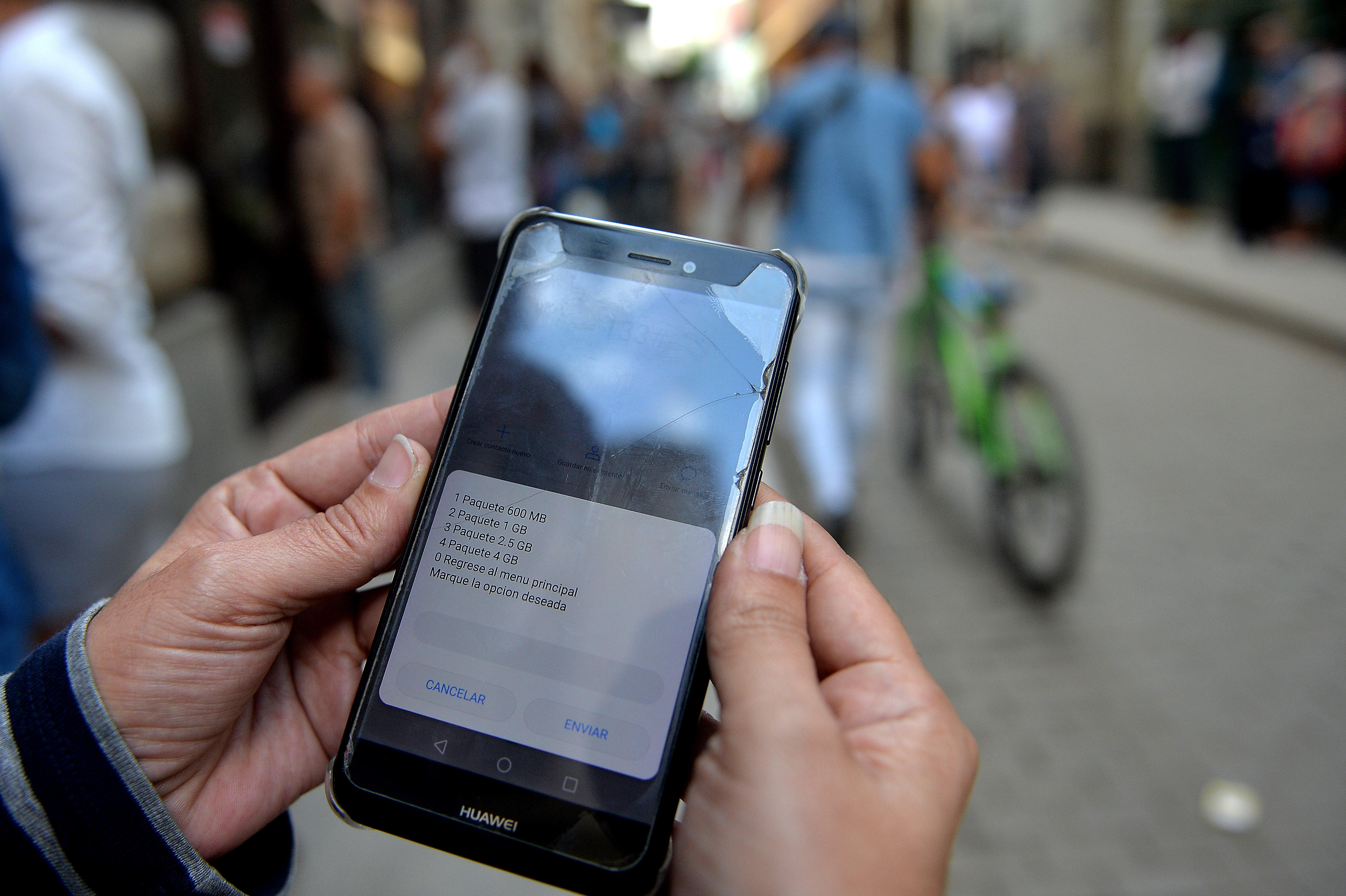 Une femme envoie 160.000 textos à son ex