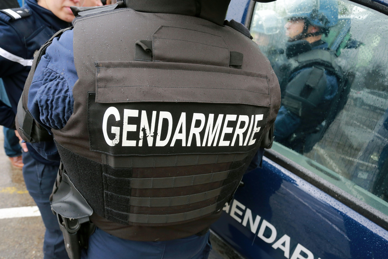 Un détenu s'évade lors de funérailles — Puy-de-Dôme