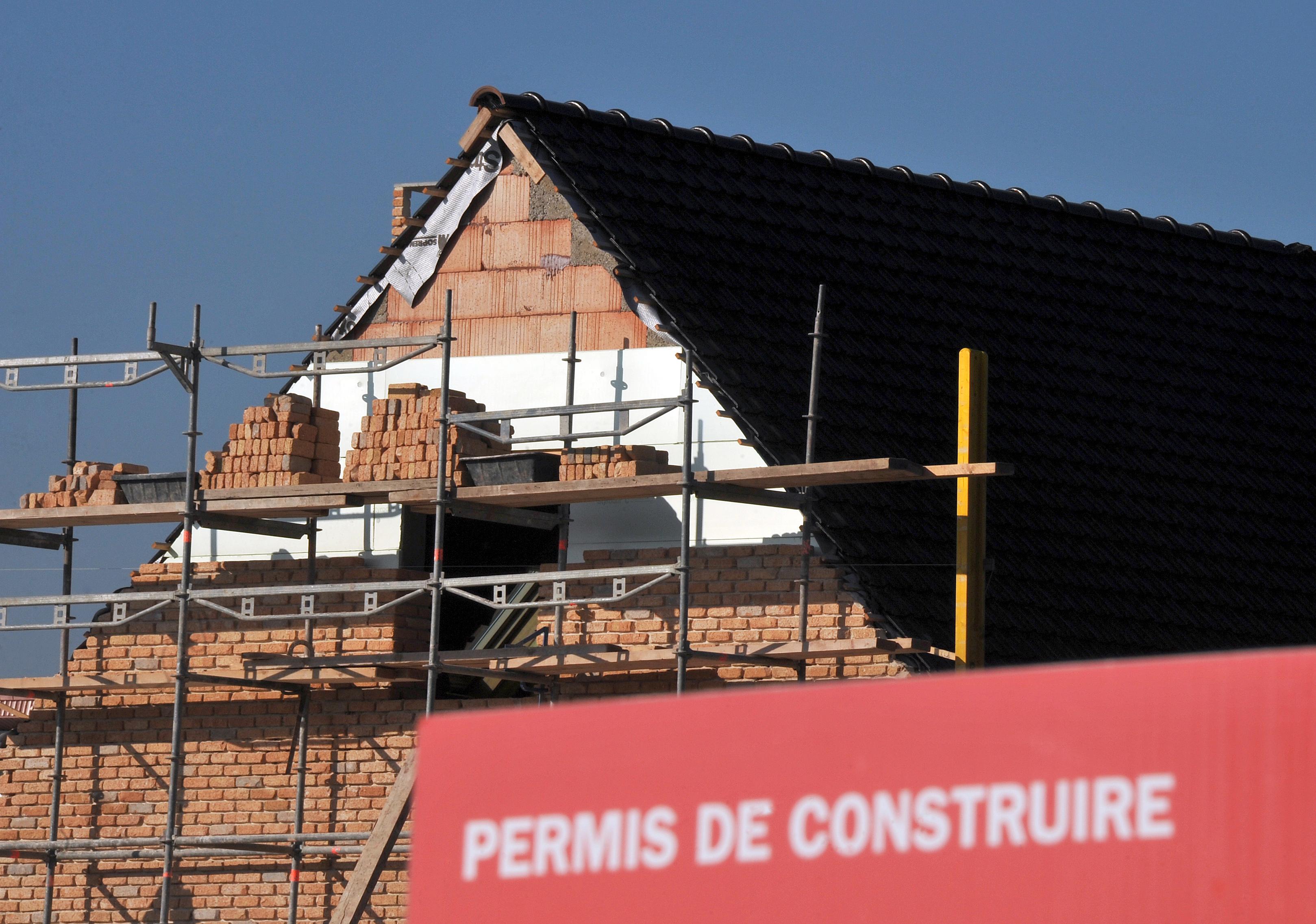 Sa maison fait de l'ombre à sa voisine, la justice lui ordonne de la raser — Meurthe-et-Moselle