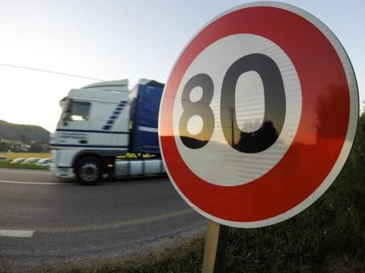 Vitesse limitée à 80 km/h. C'est a priori pour bientôt