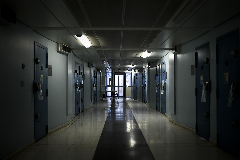 Les détenus ont commencé à regagner leurs cellules — Fleury-Mérogis