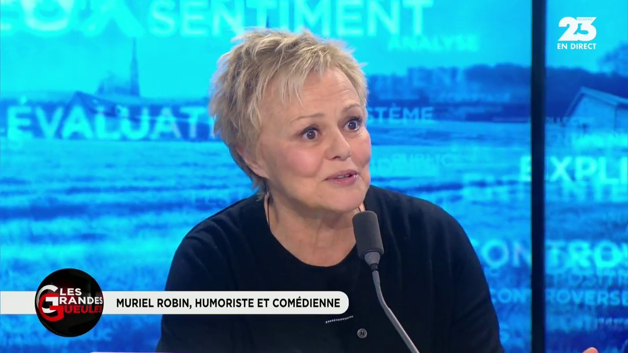 Menacée d'un couteau par un homophobe, elle raconte — Muriel Robin