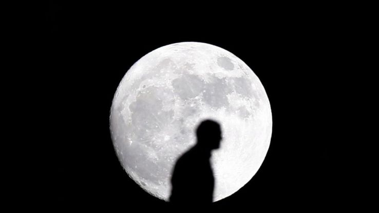 Ce soir, une super-lune pour bien commencer l'année !