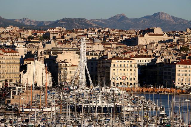 Lyon: un employé vole son patron et tente de fuir vers l'Algérie en bateau