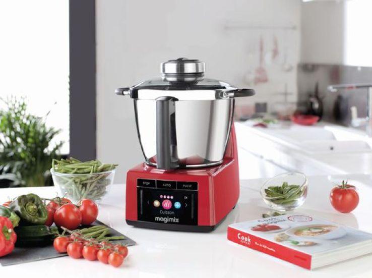 Bien choisir son robot multifonction sfr news for Robot pour cuisiner