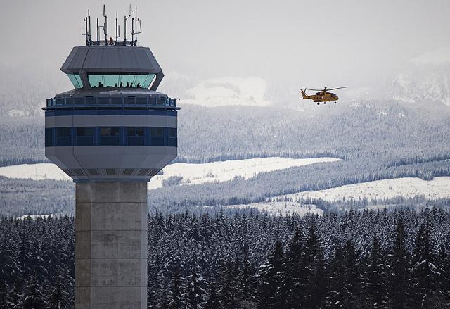 Etats-Unis : un contrôleur aérien arrêté pour possession de bombe