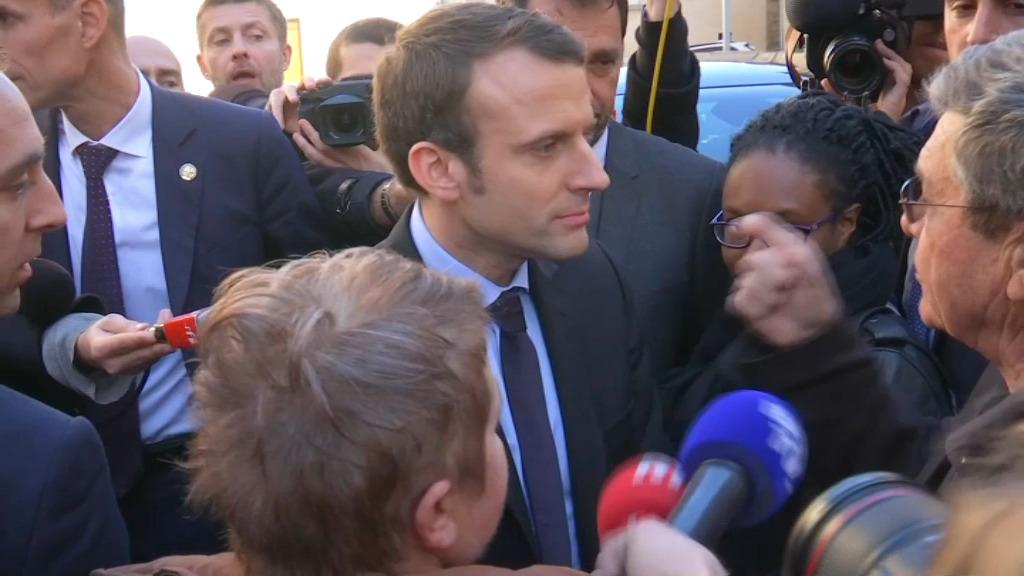 Présidentielle 2017 : Emmanuel Macron vise 60 milliards d'euros d'économies