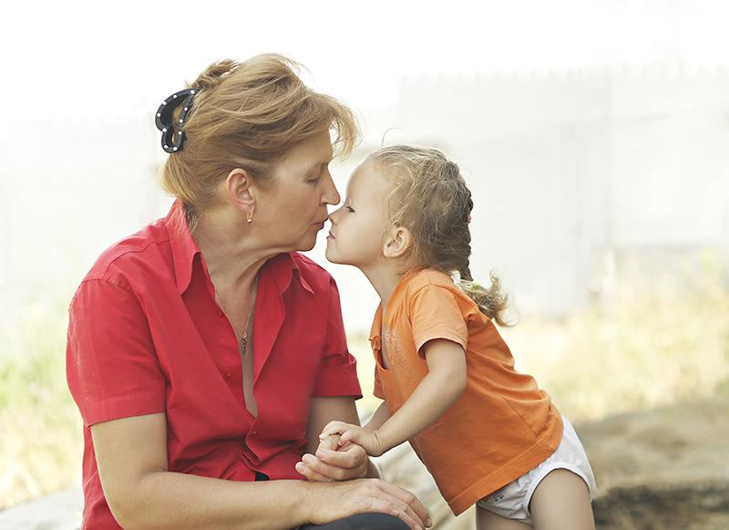 """Le """"bisou magique"""" des parents aurait de réelles propriétés curatives"""