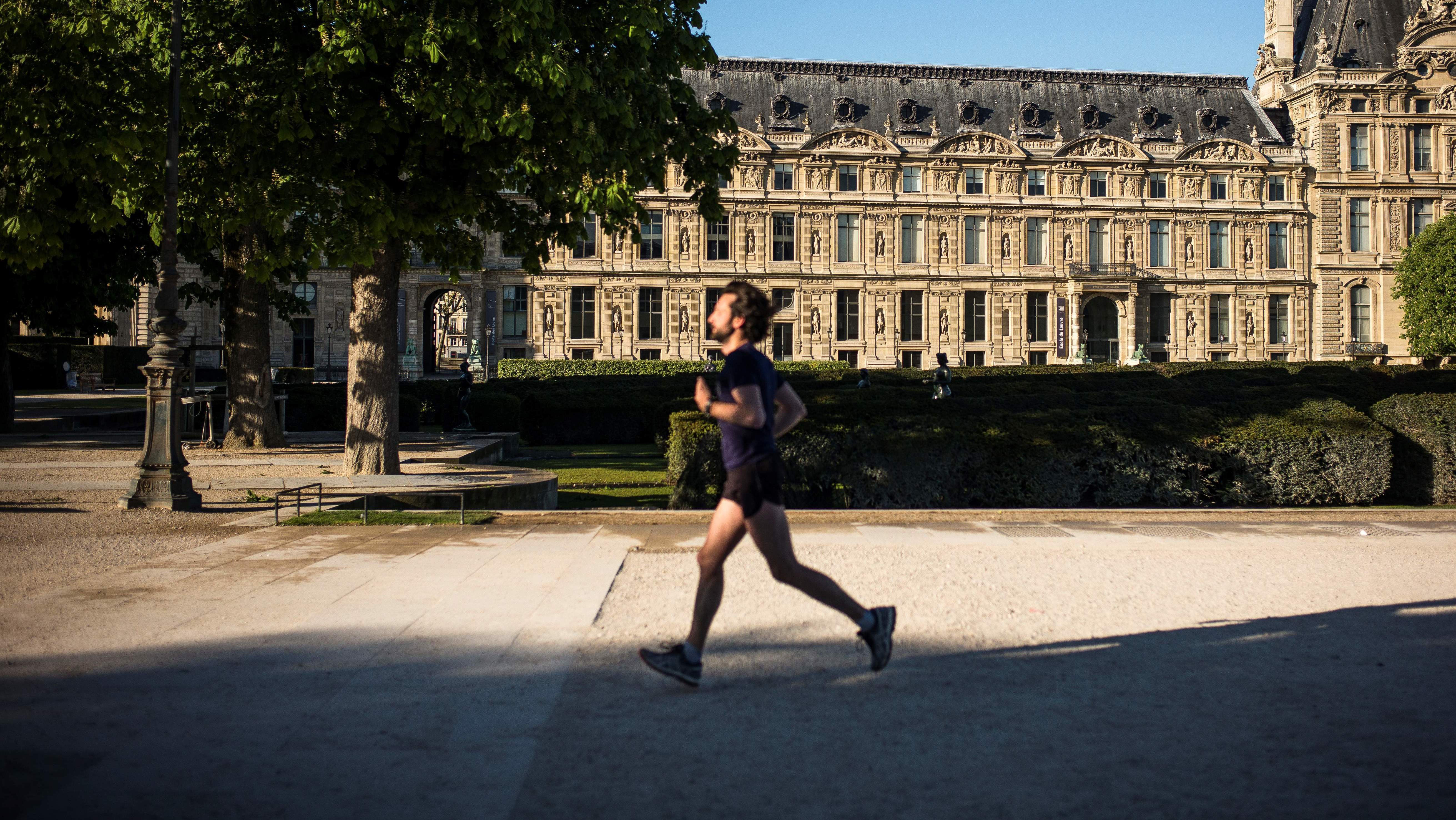 Joggeur à Paris jogging