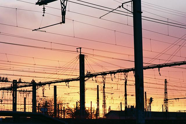 Gironde: un homme tente de voler un câble SNCF et meurt électrocuté