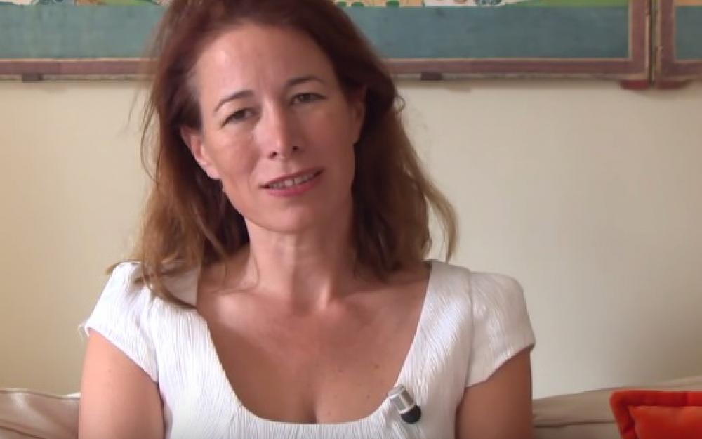La philosophe se noie en voulant sauver des enfants — Mort d'Anne Dufourmantelle