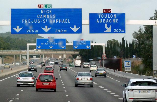 Un migrant retrouvé mort après une chute — Alpes-Maritimes