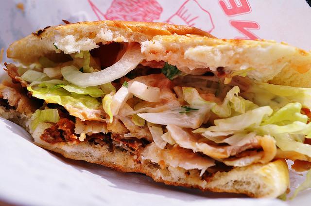 L'Europe va-t-elle réellement interdire les kebabs sur son territoire?