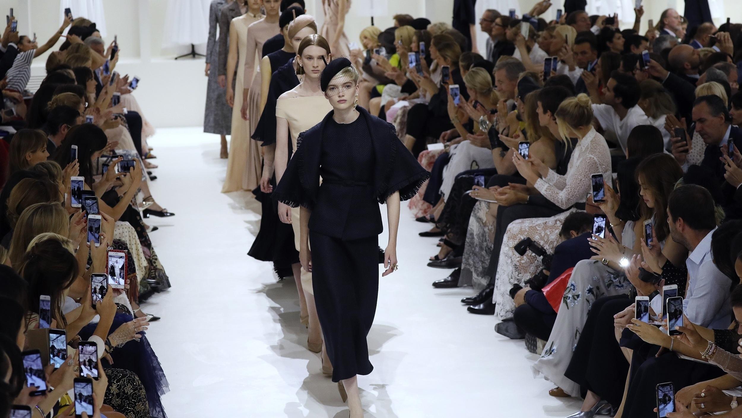 Défilé Christian Dior 2018-2019 Automne/Hiver Haute Couture