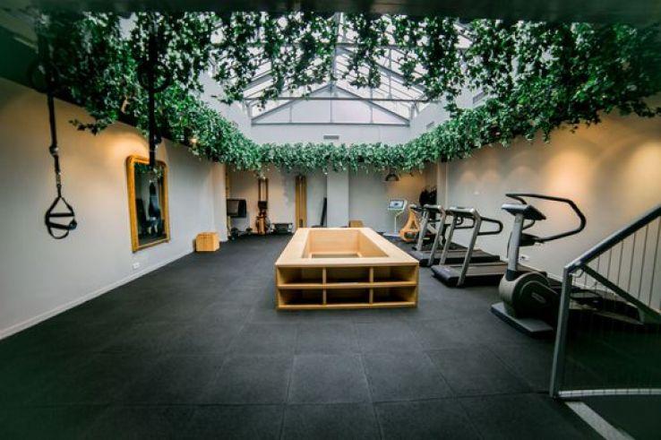 noble art club le nouveau club de coaching parisien. Black Bedroom Furniture Sets. Home Design Ideas