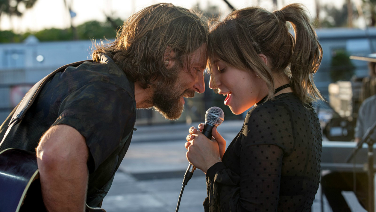 Bradley Cooper et Lady Gaga dans A Star is Born