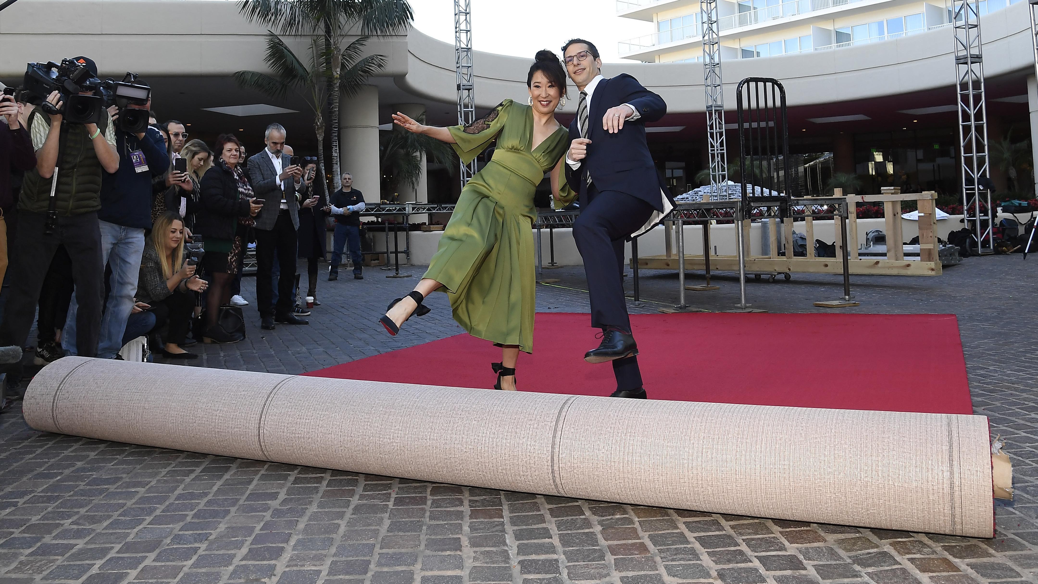 Sandra Oh et Andy Samberg vont présenter les Golden Globes
