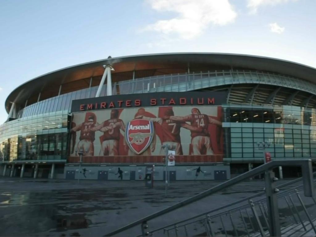Wenger lance un défi à Lacazette — Arsenal