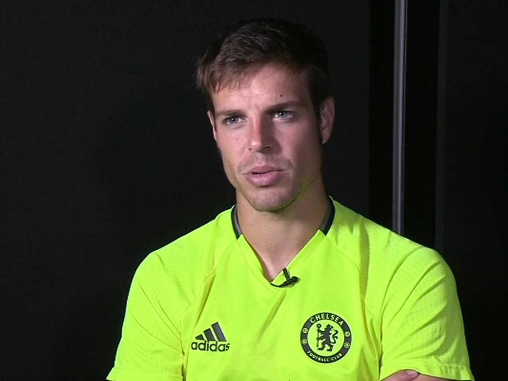 OFF - Azpilicueta prolonge à Chelsea