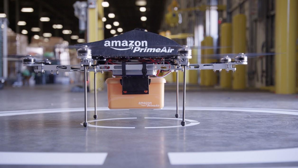 Le premier drone dévoilé par Amazon en 2013.