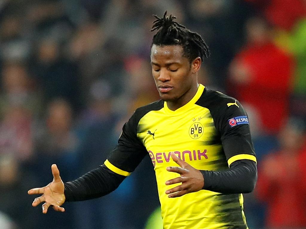 Le but spectaculaire de Michy Batshuayi avec le Borussia Dortmund (vidéo)