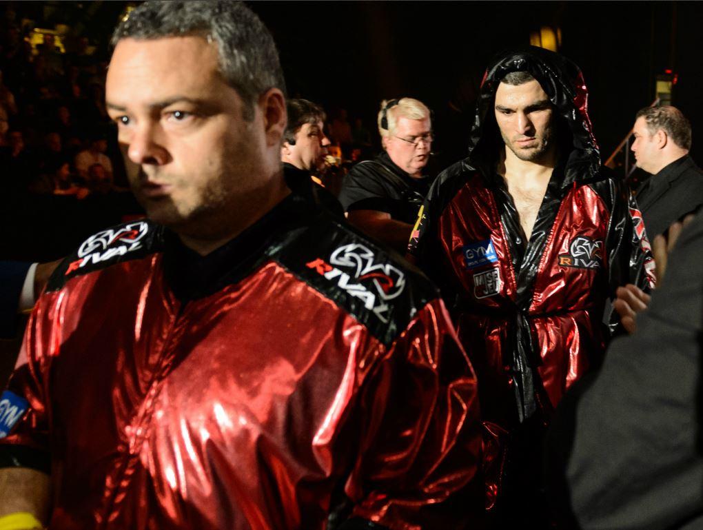 Artur Beterbiev devient champion des mi-lourds de l'IBF
