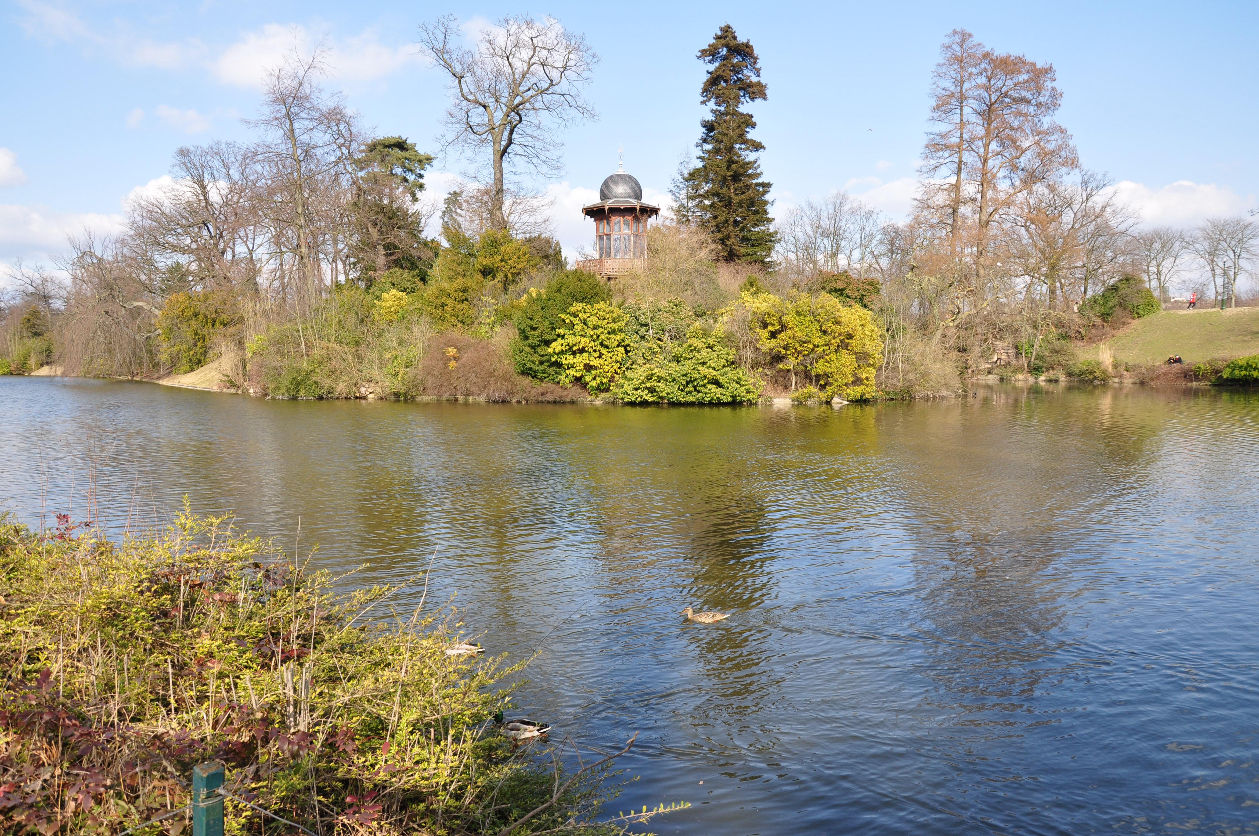 Un corps démembré découvert au Bois de Boulogne — Paris