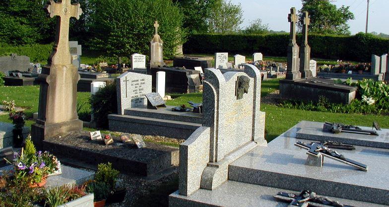 Il agresse une octogénaire dans un cimetière — Meaux