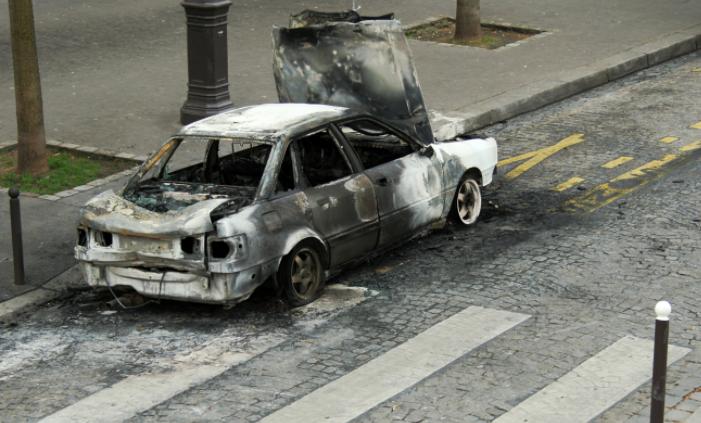 Un suspect arrêté dans l'affaire des 60 voitures vandalisées — Nîmes