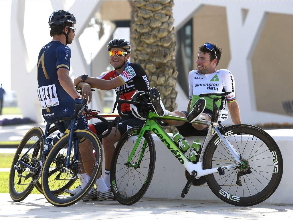 Mark Cavendish abandonne déjà à Abu Dhabi
