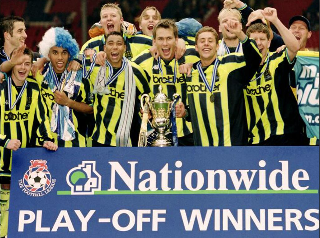 City fête son titre à Wembley en 1999