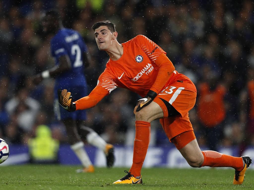 Direction le Real Madrid pour Courtois — Chelsea