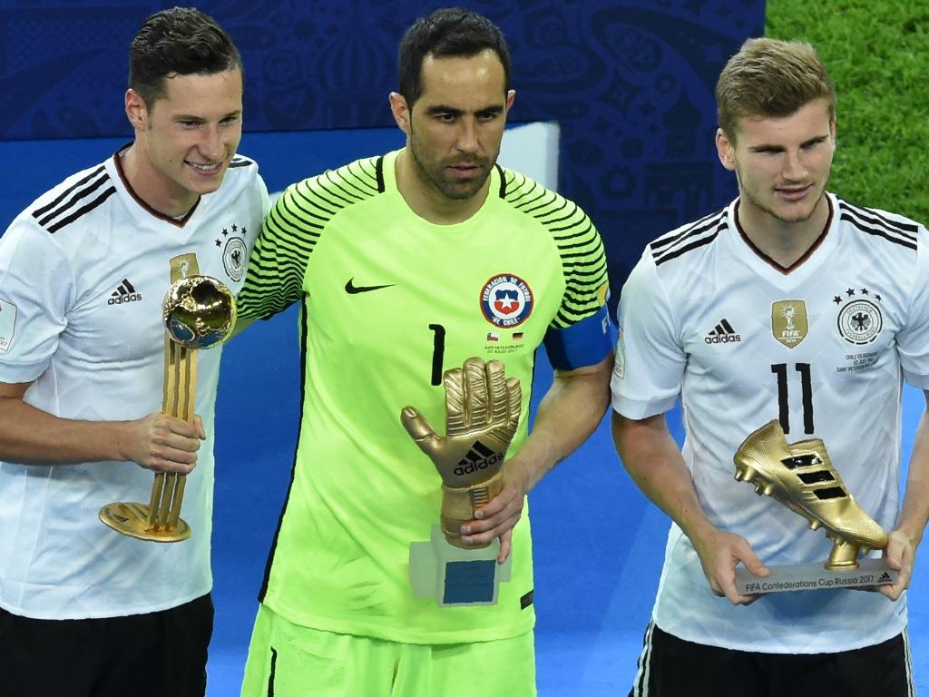 Bravo envoie le Chili en finale