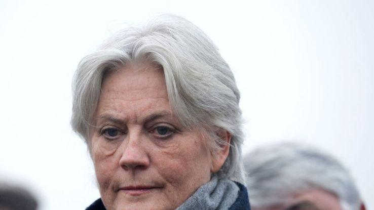 Enquête François Fillon accusé de détournements de fonds publics