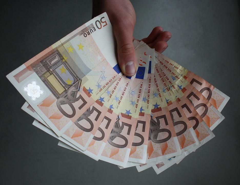Un fonctionnaire touche 36.800 euros sans travailler — Vendée