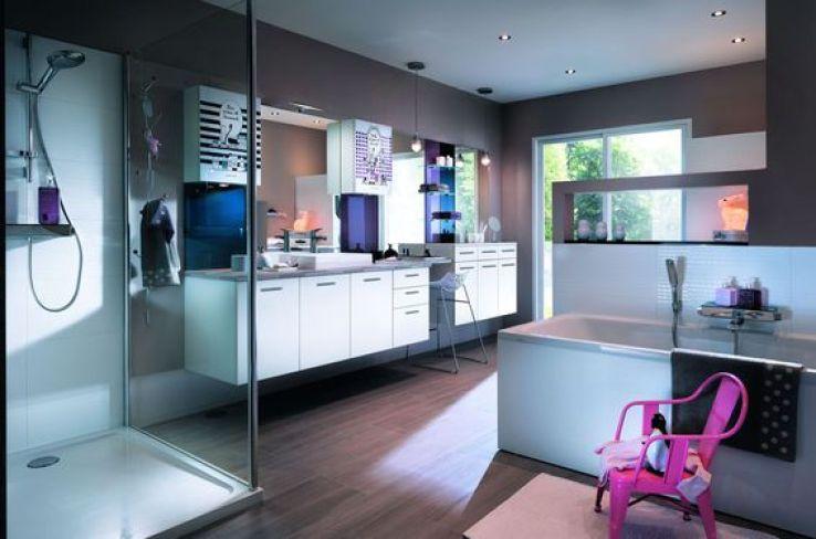 Salle de bains familiale 10 id es gagnantes sfr news - Meuble salle de bain lave linge ...