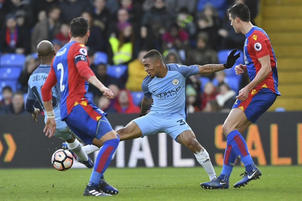 Fin de saison pour Bravo — Manchester City