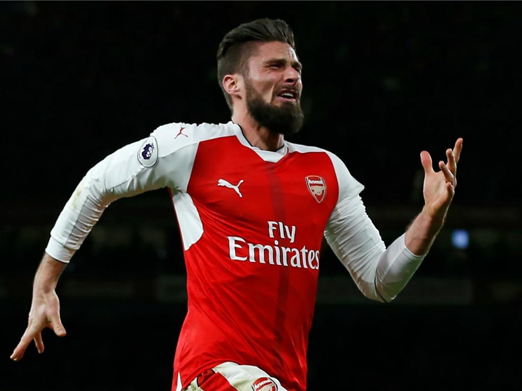 Olivier Giroud commence l'année avec un but incroyable — Arsenal