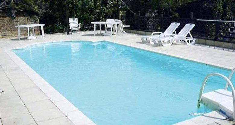 Un enfant se noie dans une piscine morbihan for Piscine enfant