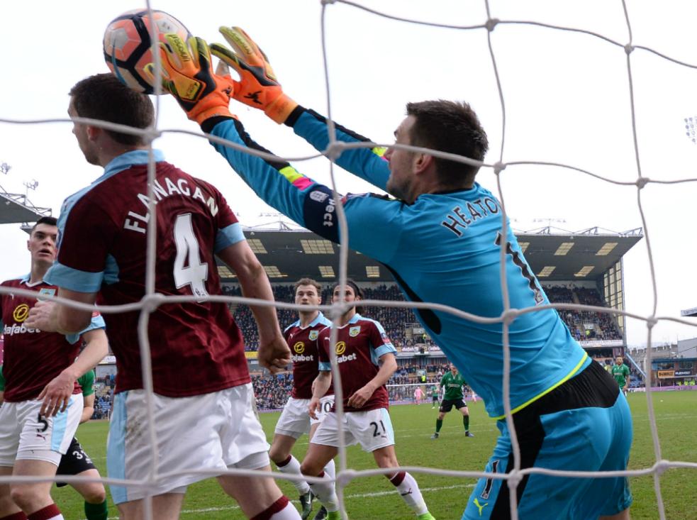 Après Lukaku et Benteke, Vincent Kompany marque lui aussi ! (vidéos) — Premier League