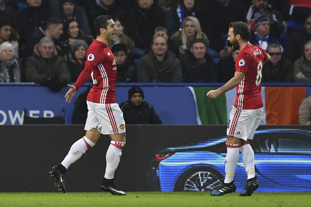 Manchester United enfonce Leicester