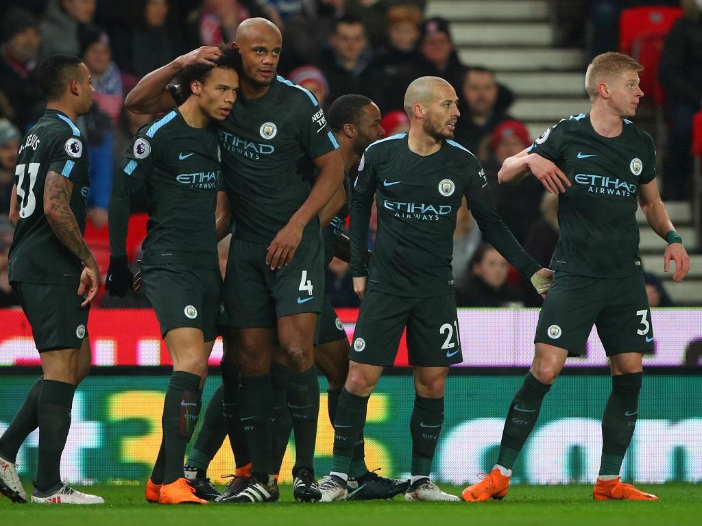 Man City garde le rythme — Premier League