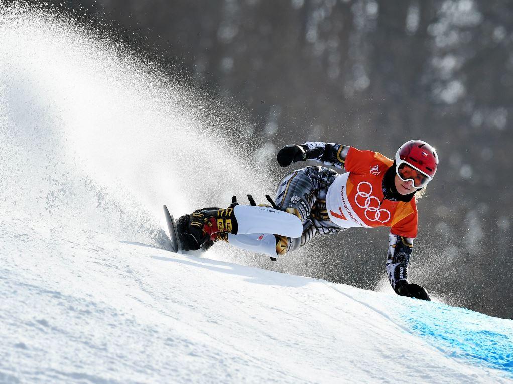 Ester Ledecka en snowboard