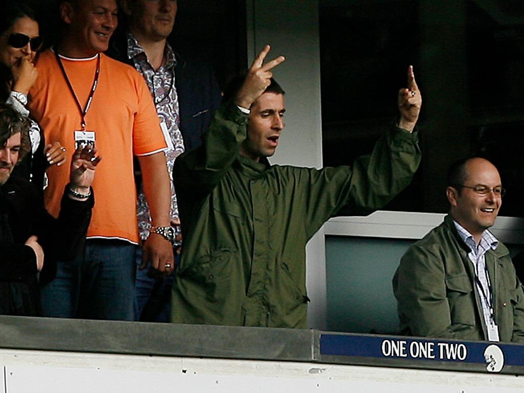 Liam Gallagher, ancien d'Oasis et ambianceur des tribunes