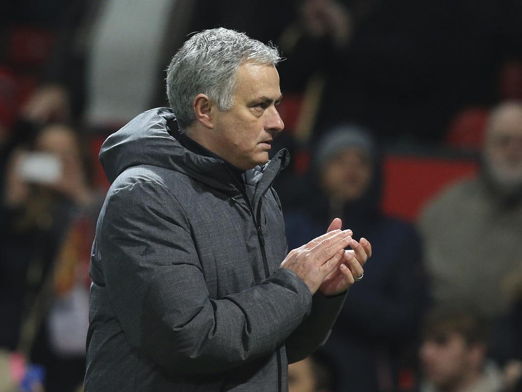 Conte et Mourinho s'envoient de gros parpaings de bonne année