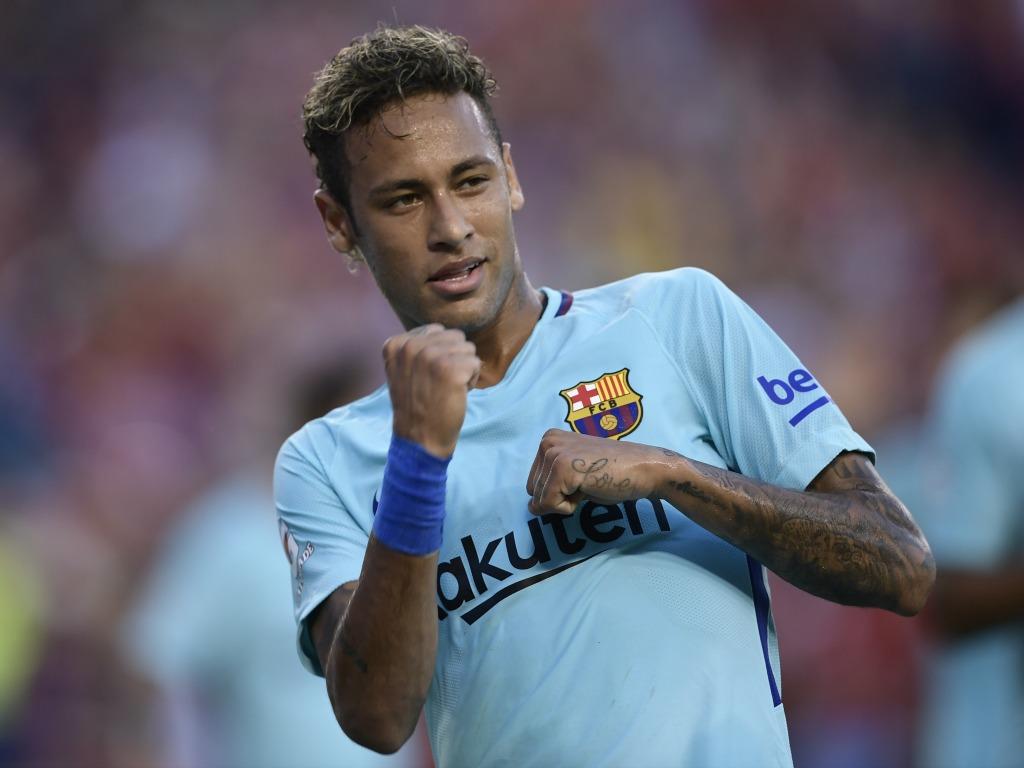Pour Mourinho, Pogba est au niveau de Messi et Neymar — Manchester United